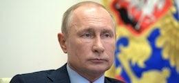 МосБиржу «атаковали» покупатели долларов: Спрос на валюту достиг рекорда с 2014 года