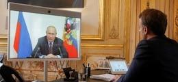 Путин попросил Макрона помочь с производством вакцины от Covid
