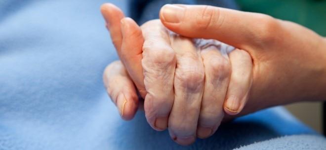Euro am Sonntag-Meldung: Pflegezusatzversicherungen: Interesse am Pflege-Bahr erlahmt | Nachricht | finanzen.net