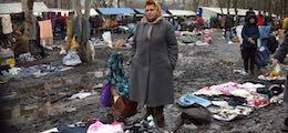 Правительство избавит россиян от импортной одежды и поездок за границу
