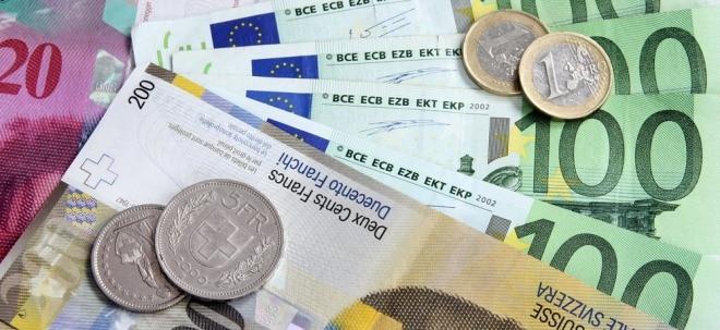 Kursverfall: Schweizer Franken weiter auf rasanter Talfahrt | Nachricht | finanzen.net