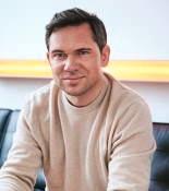 Sebastian Hasenack, Leiter der Online-Vermögensverwaltung von DJE