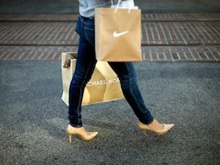 : Nike is trading near all-time highs ahead of earnings (NKE)