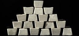 Silber und Rohöl: Silber: Charttechnische Hochspannung | Nachricht | finanzen.net