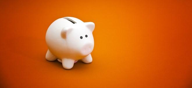 Geldanlage: So unterschiedlich sparen Männer und Frauen