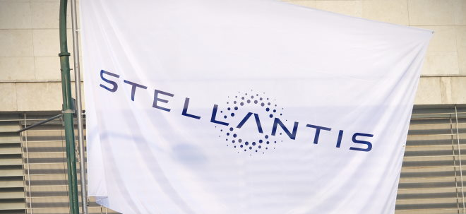 Produktionseinschränkung: Stellantis-Aktie: Peugeot 308 bekommt wegen Chipmangels alten Tacho | Nachricht | finanzen.net
