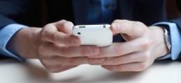 Smartphone-Marktanteil sinkt: Umsatzeinbruch und dünner Gewinn bei HTC | Nachricht | finanzen.net
