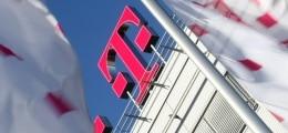 12.000 Stellen in Gefahr: Telekom prüft weitere Stellenstreichungen | Nachricht | finanzen.net