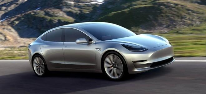 Teure Model 3 Produktion: Tesla-Chef Musk: Brauchen keine Geldspritze | Nachricht | finanzen.net