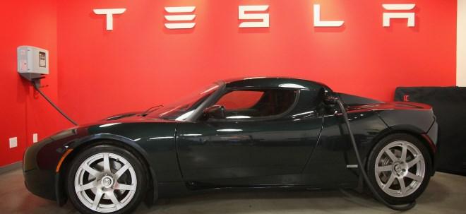 Milliardendeal perfekt: SolarCity stimmt Übernahme durch Tesla für rund 2,6 Milliarden Dollar zu - SolarCity-Aktie fällt | Nachricht | finanzen.net