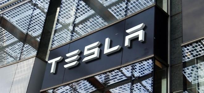 Rally hält an: Tesla-Aktie mit neuem Rekordhoch: Tesla überholt Toyota als wertvollster Autobauer | Nachricht | finanzen.net