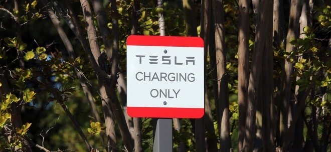 schnelleres laden tesla legt nach neue supercharger. Black Bedroom Furniture Sets. Home Design Ideas