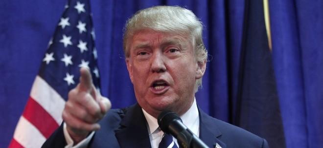 Suche nach Deal: Trump erwägt weiter Zölle auf EU-Autoimporte | Nachricht | finanzen.net