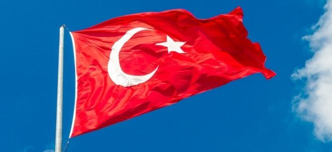 Kampf gegen Inflation: Türkische Notenbank erhöht Leitzins stärker als erwartet | Nachricht | finanzen.net