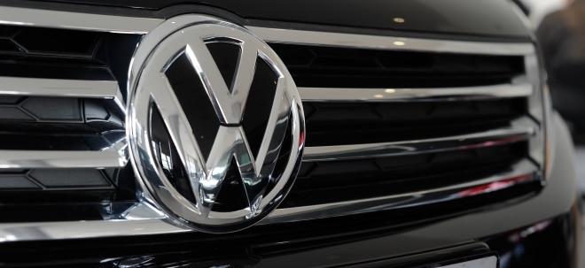 Probleme beim Nachschub: VW-Aktie gewinnt schlussendlich: Erneut Kurzarbeit in Emder VW-Werk wegen fehlender Halbleiter | Nachricht | finanzen.net