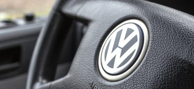 Nach Corona-Krise: VW-Aktie trotzdem im Plus: Volkswagen-Konzern schafft es bei Verkäufen im Juli fast ins Plus | Nachricht | finanzen.net