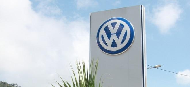Engpass: VW-Aktie schwächer: Fahrzeugproduktion von VW macht Chip-Mangel zu schaffen | Nachricht | finanzen.net