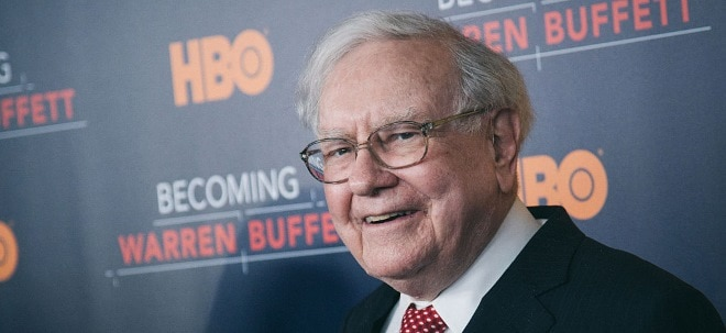 Anteil ausgebaut: Apple-Aktie auf Rekordhoch: Warren Buffett kauft Millionen zusätzliche Apple-Aktien | Nachricht | finanzen.net