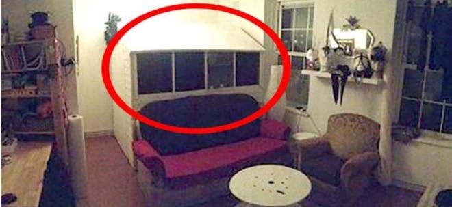 wohnungssuche in metropole londoner wohnungssuchender bekommt skurrilles wg zimmer angeboten. Black Bedroom Furniture Sets. Home Design Ideas