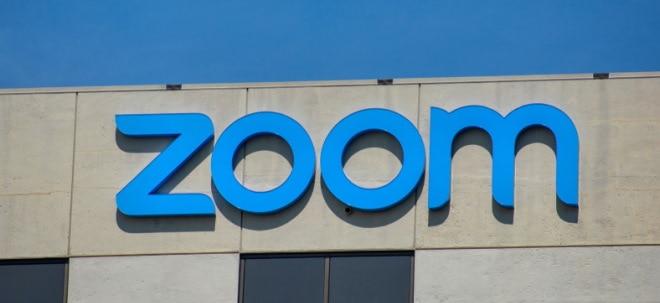 Gewinnsprung: Zoom-Aktie steigt kräftig: Corona-Boom lässt Videokonferenz-Dienst Zoom von mehr träumen